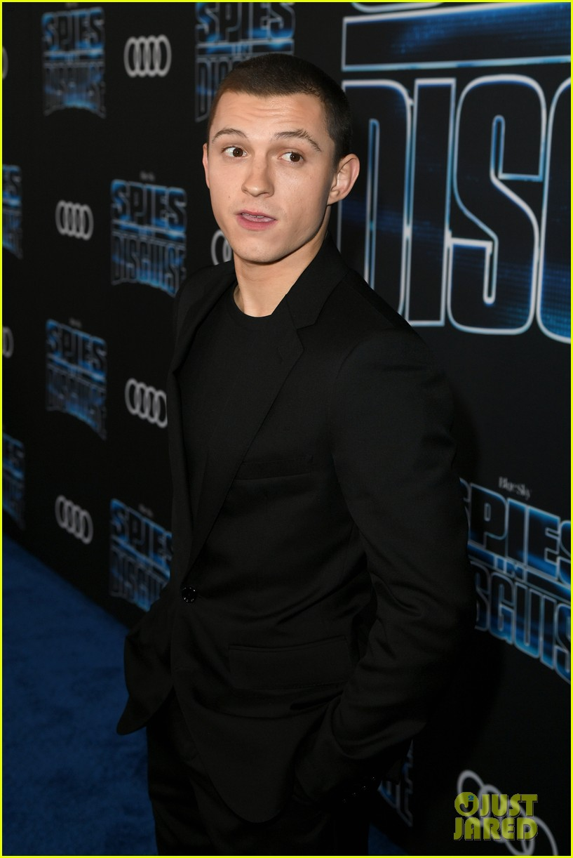 tom holland will smith spies disguise premiere 27