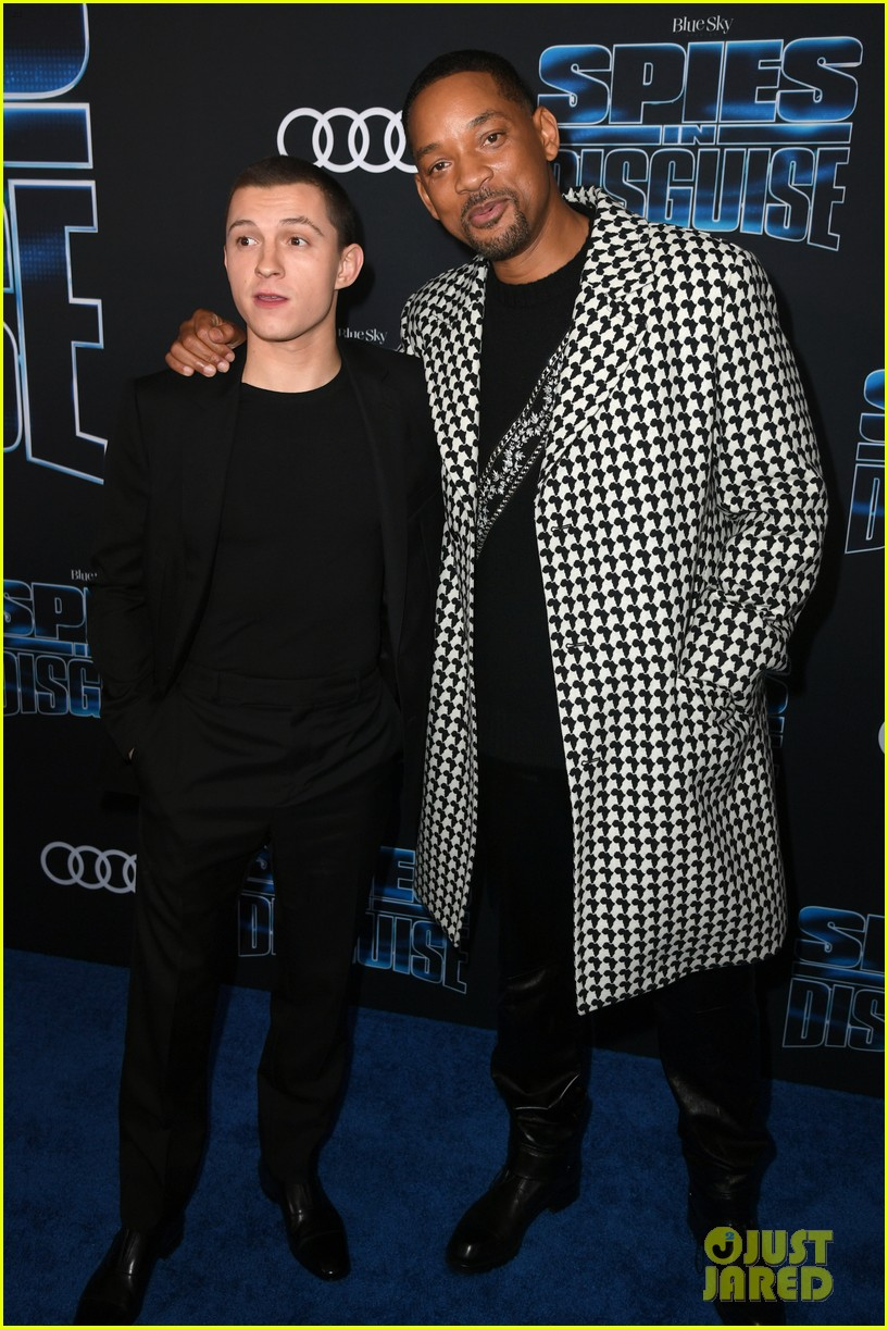 tom holland will smith spies disguise premiere 29