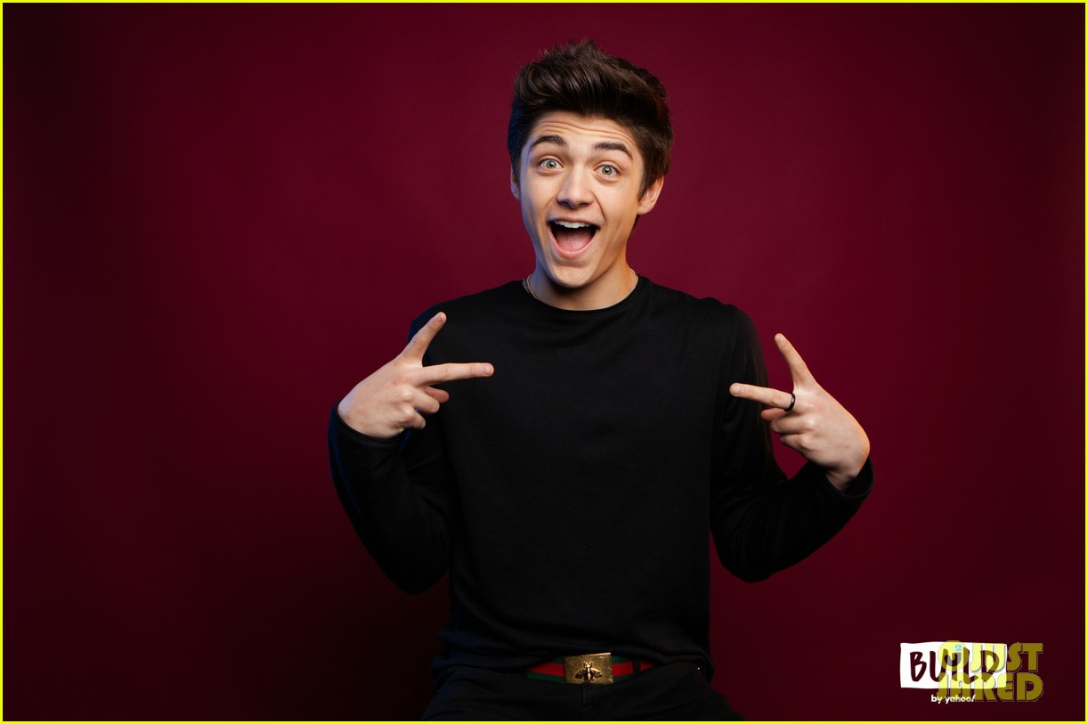 asher angel gushes about girlfriend annie leblanc while promoting new single chills 09