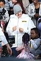 justin bieber films new music video at daycare in la 04