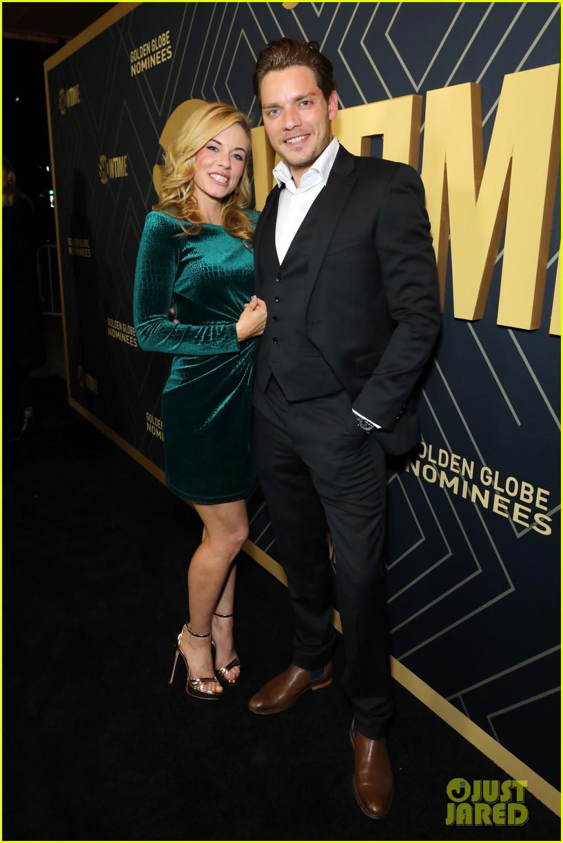 dominic sherwood attends showtime pre golden globes event with molly burnett 01