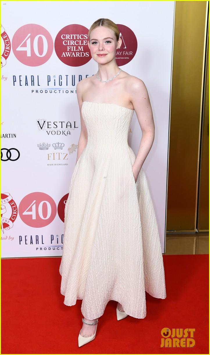 elle fanning stuns london critics circle film awards 03