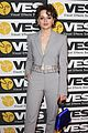 joey king suits up for visual effects society awards 09