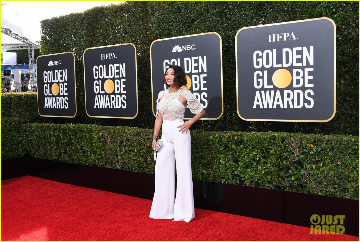 sofia carson jeannie mai aj gibson golden globes 2020 pics 18