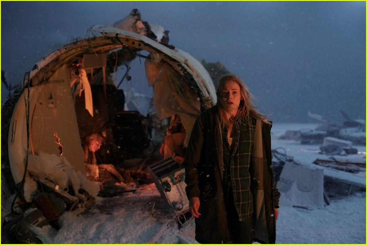 sophie turner survive trailer watch 05