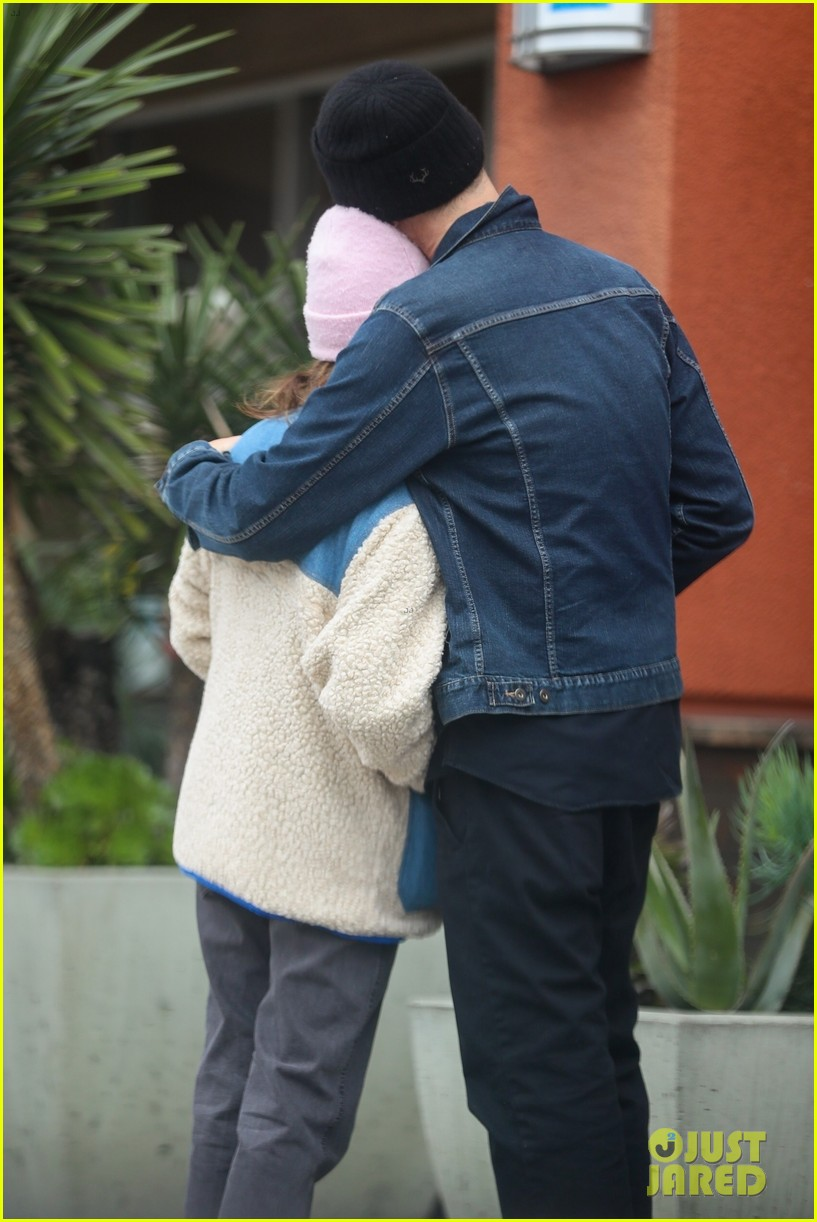 ashley tisdale christopher french leave grocery empty handed 03