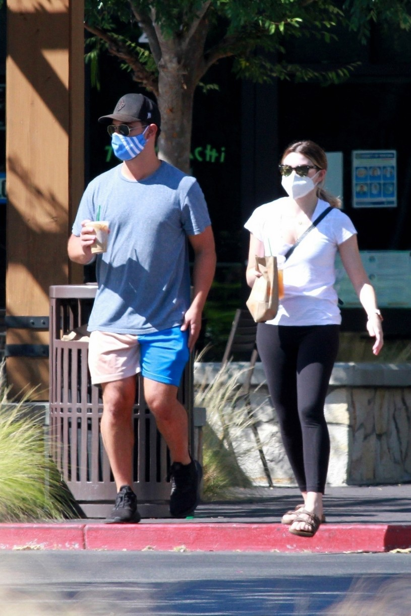 taylor lautner taylor dome patio lunch date 02