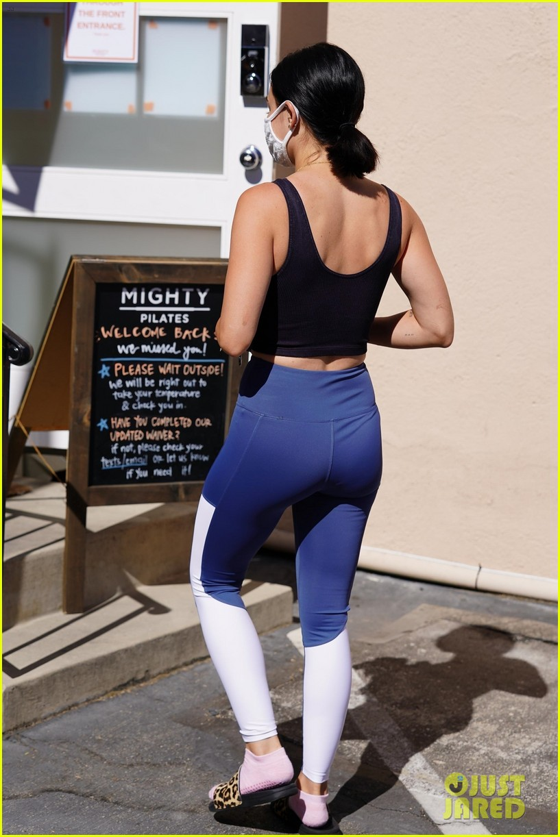 lucy hale gets a temperature check 02