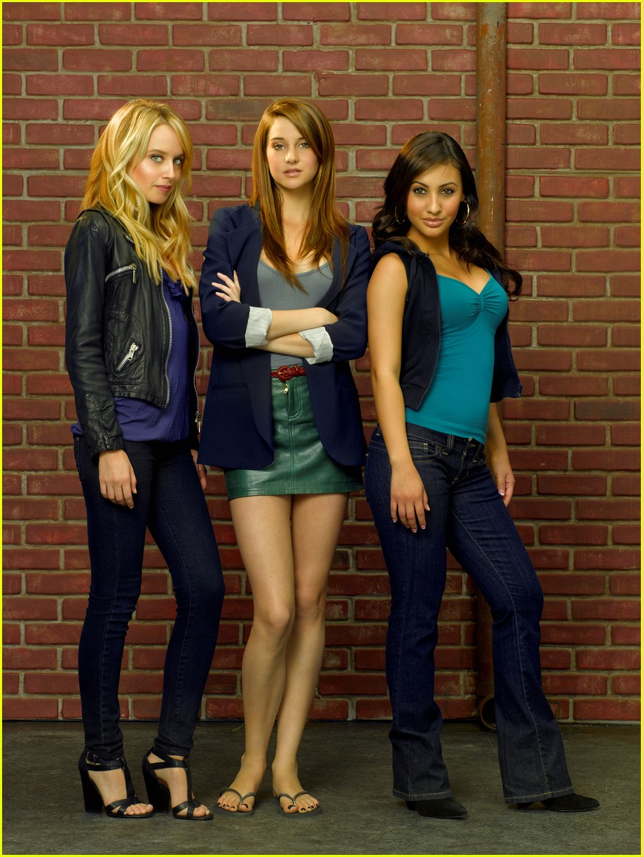 the cast of the secret life of the american teenager is reuniting for a call to vote 08