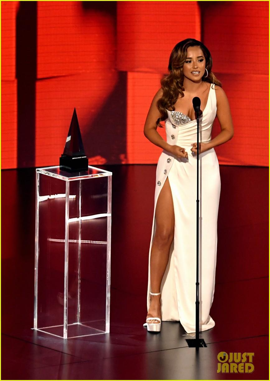 becky g wins favorite female latin artist american music awards 2020 07