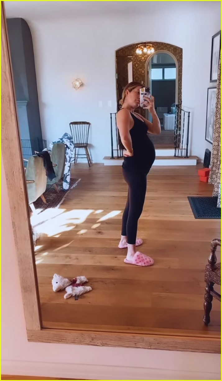 ashley tisdale shows growing baby bump on instagram 05