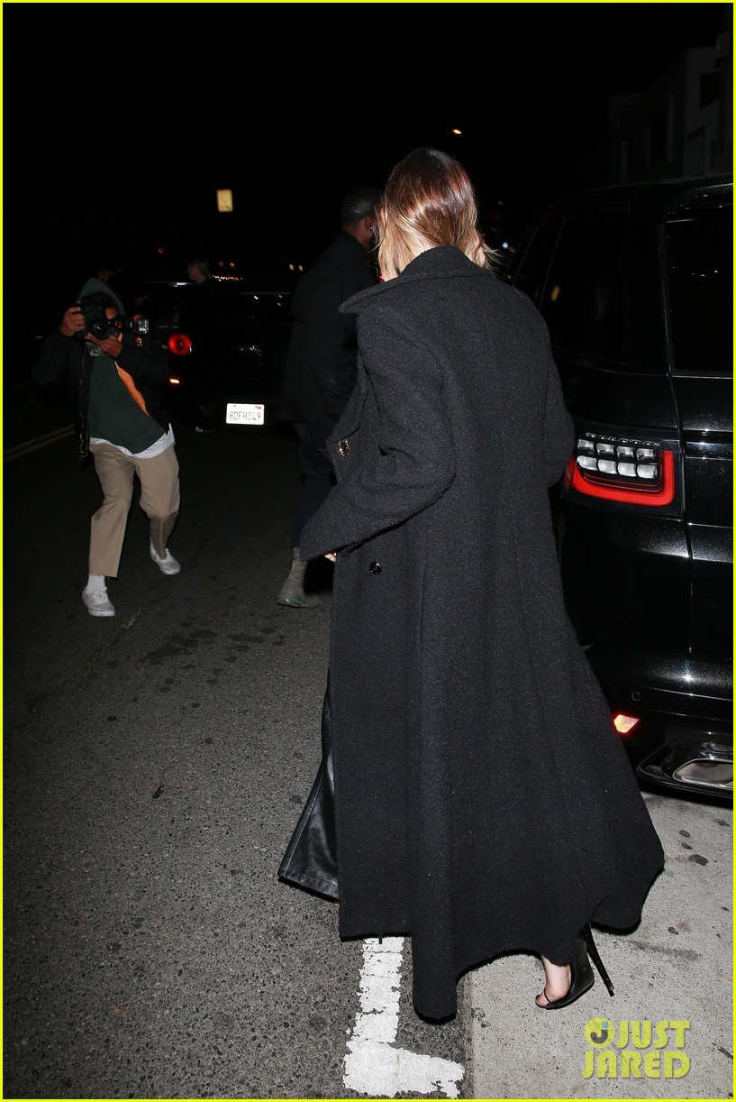 justin bieber hailey bieber out for dinner 19