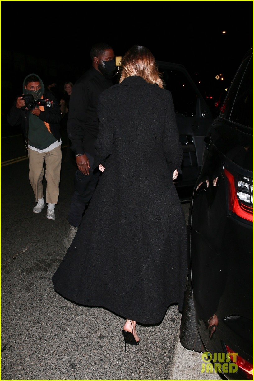 justin bieber hailey bieber out for dinner 20