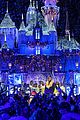 siblings julianne derek hough co host disney magical holiday special 07