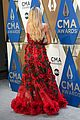 kelsea ballerini lauren alaina nail the one hand on the hip pose at cmas 10