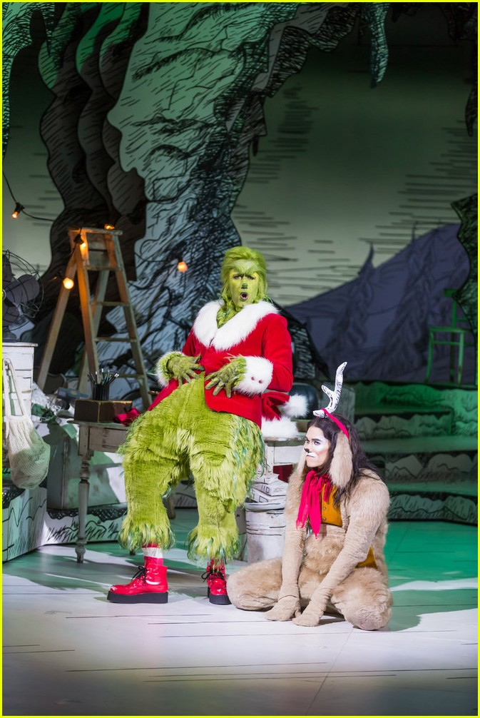 booboo stewart transforms into young max the dog from dr seuss the grinch 01
