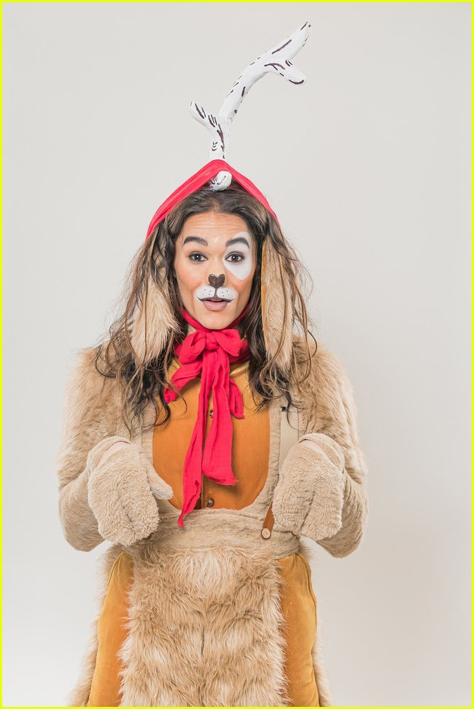 booboo stewart transforms into young max the dog from dr seuss the grinch 03
