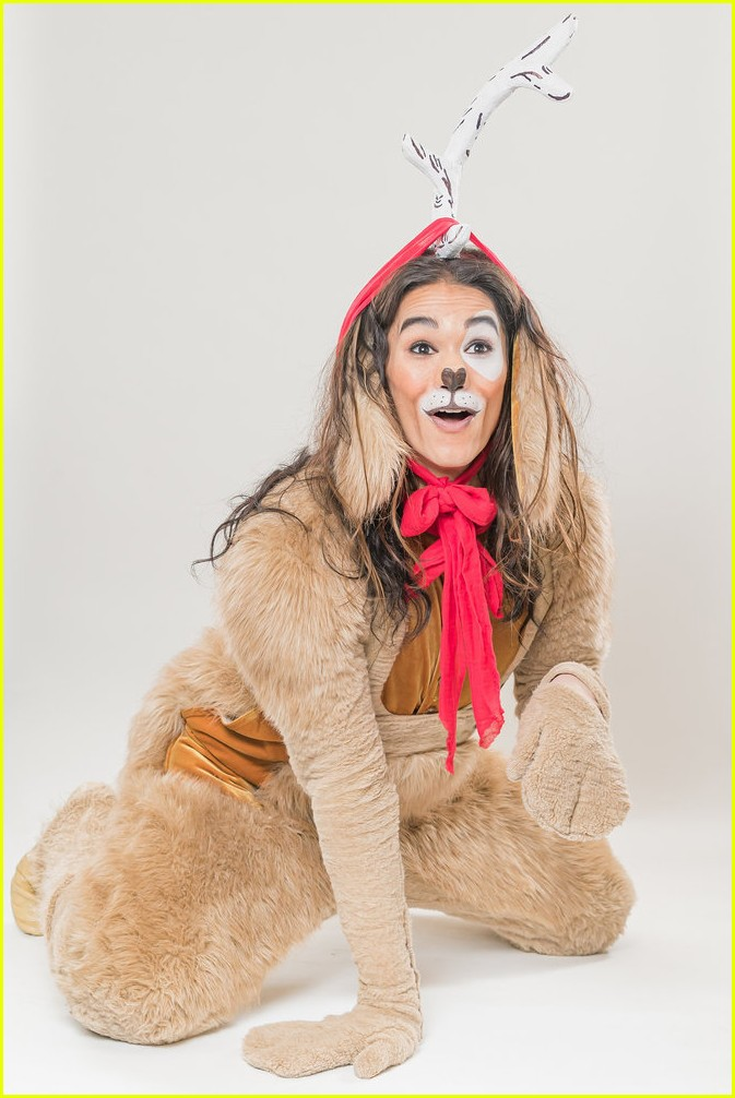 booboo stewart transforms into young max the dog from dr seuss the grinch 12