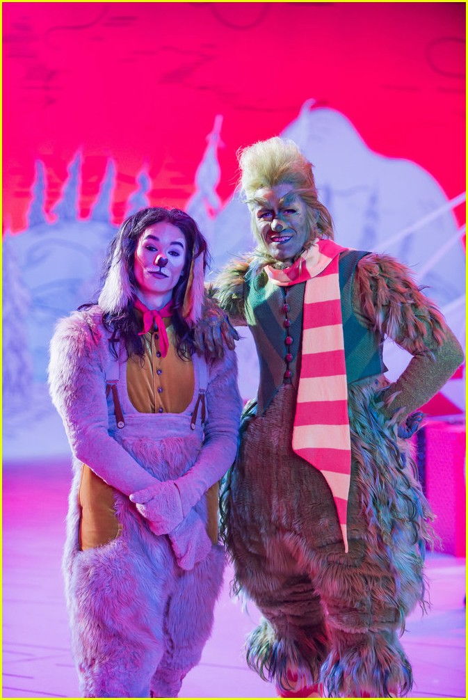 booboo stewart transforms into young max the dog from dr seuss the grinch 13