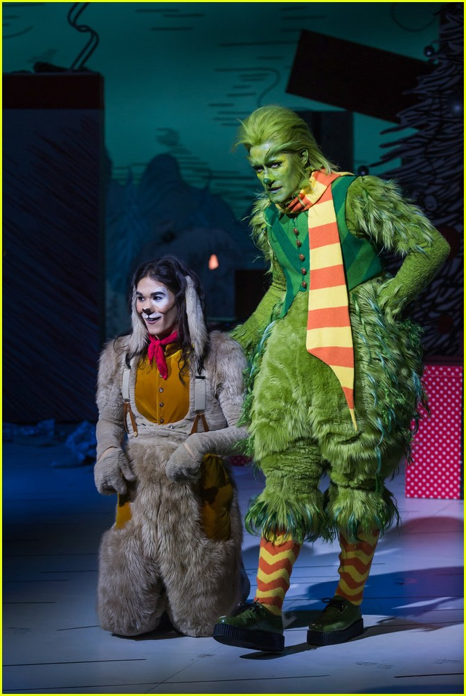 booboo stewart transforms into young max the dog from dr seuss the grinch 16