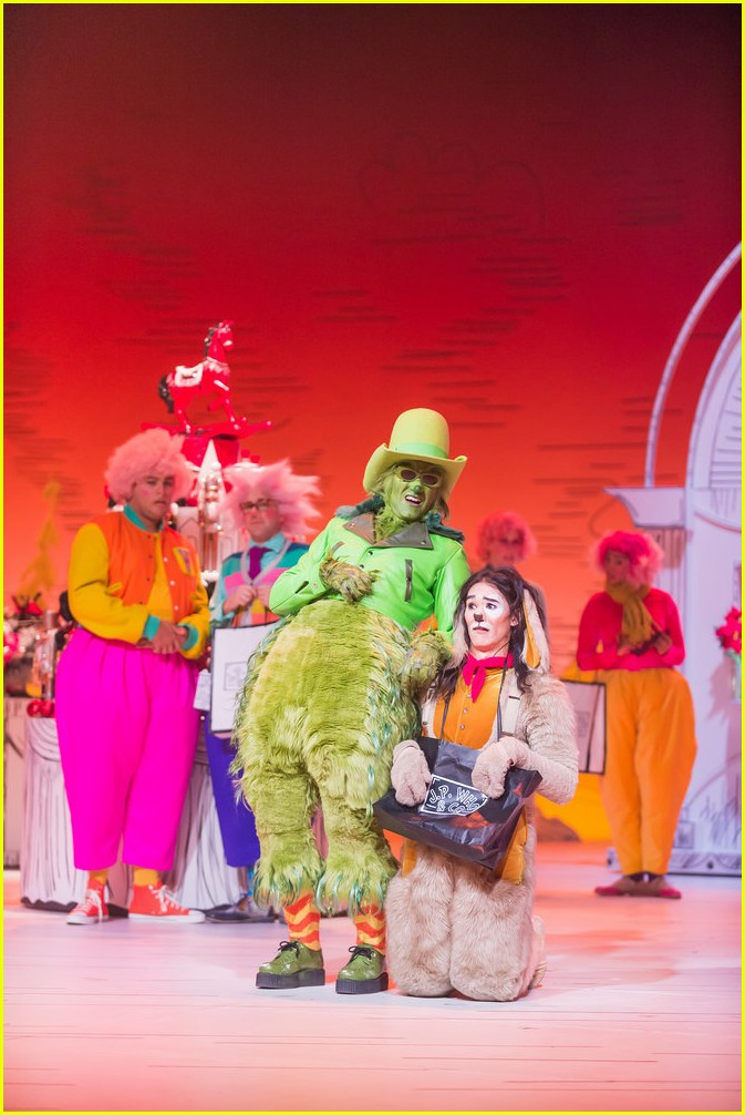 booboo stewart transforms into young max the dog from dr seuss the grinch 18