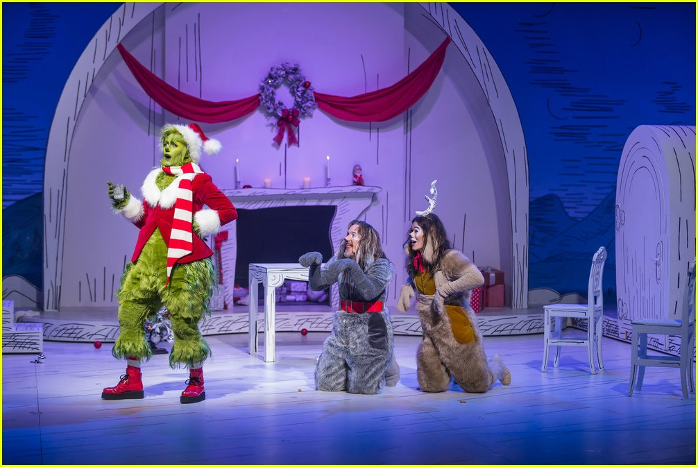 booboo stewart transforms into young max the dog from dr seuss the grinch 20