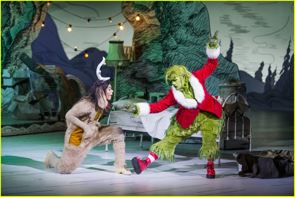 booboo stewart transforms into young max the dog from dr seuss the grinch 25