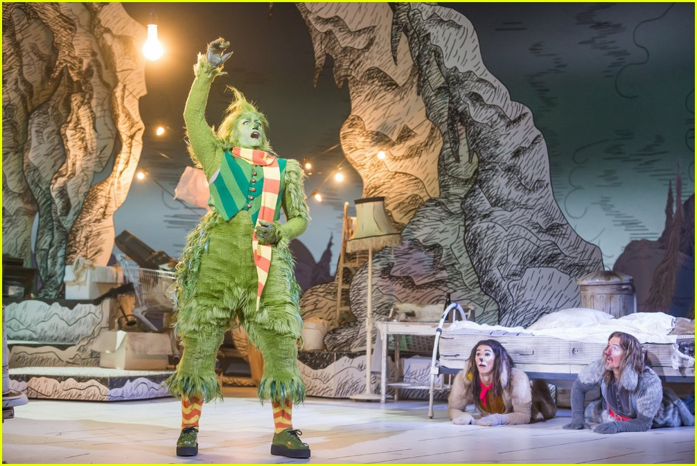 booboo stewart transforms into young max the dog from dr seuss the grinch 31