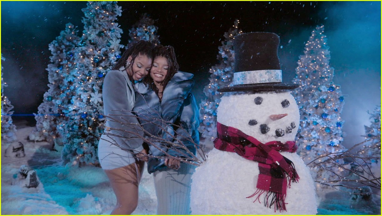 relive bts chloe x halle more performances from disney holiday singalong 03
