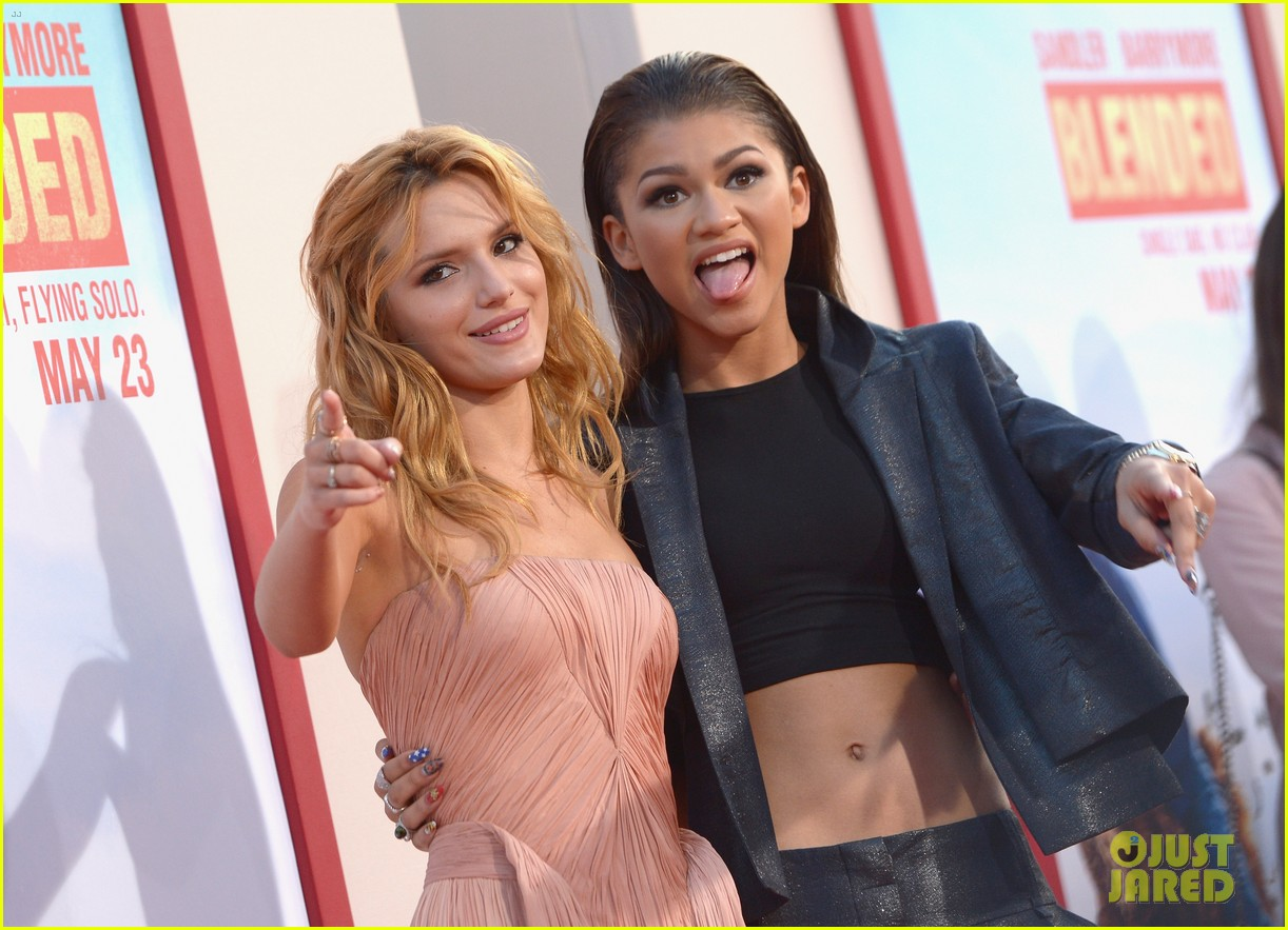 bella thorne says this made her and zendaya not be friends during first season of shake it up 04