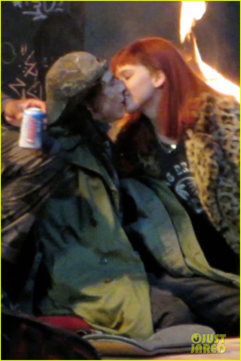 jennifer lawrence makes out with timothee chalamet 02