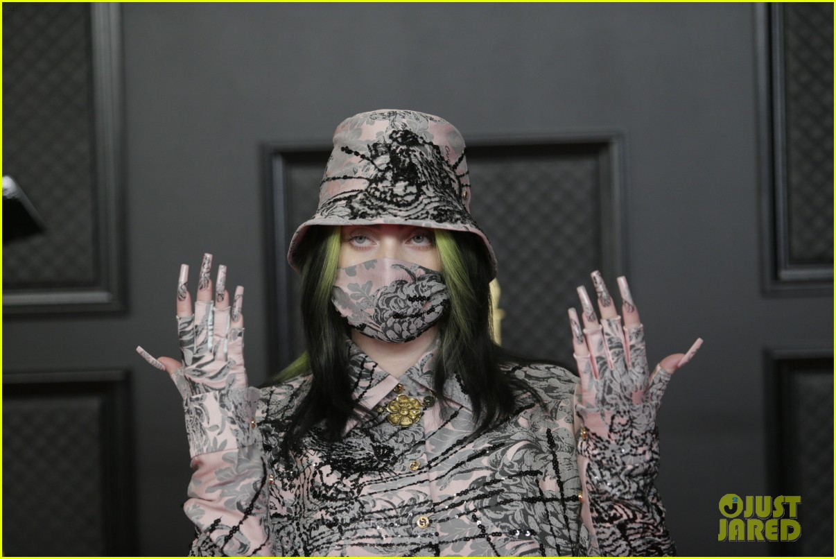 billie eilish performs everything i wanted at grammys 2021 03