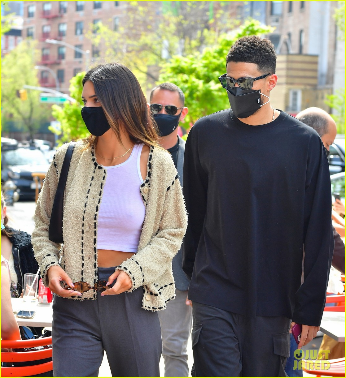 kendall jenner devin book couple up for lunch date 13