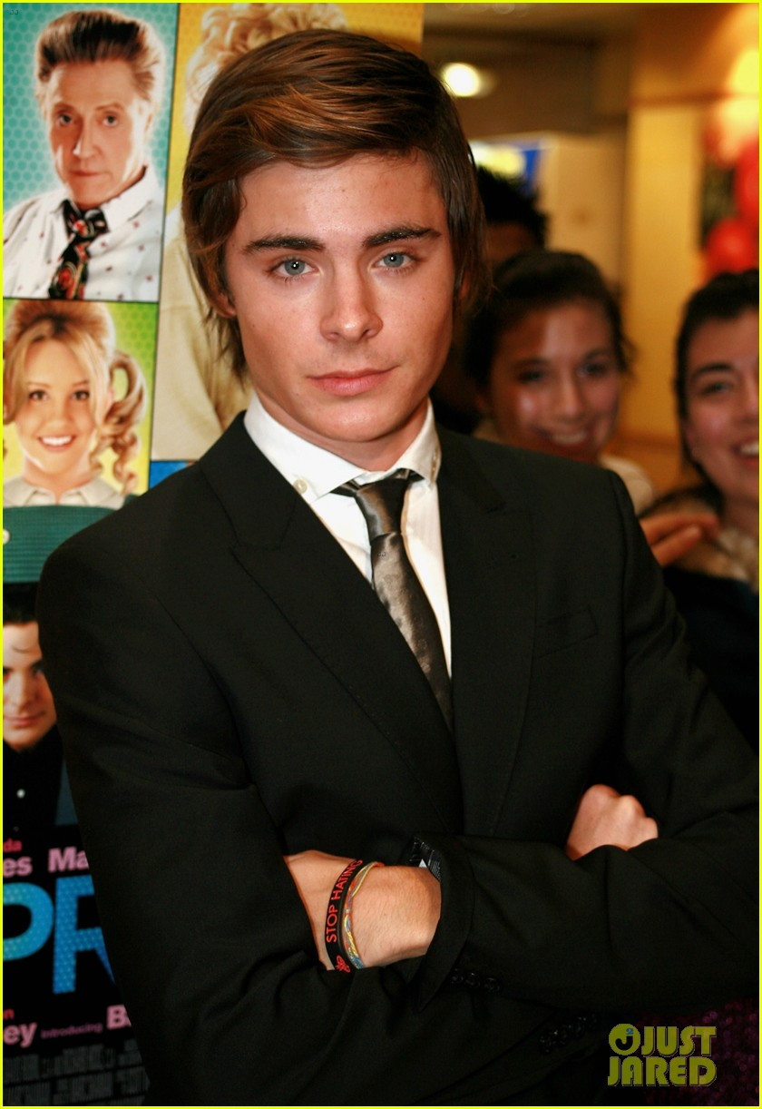 check out zac efrons hollywood transformation over the years 13