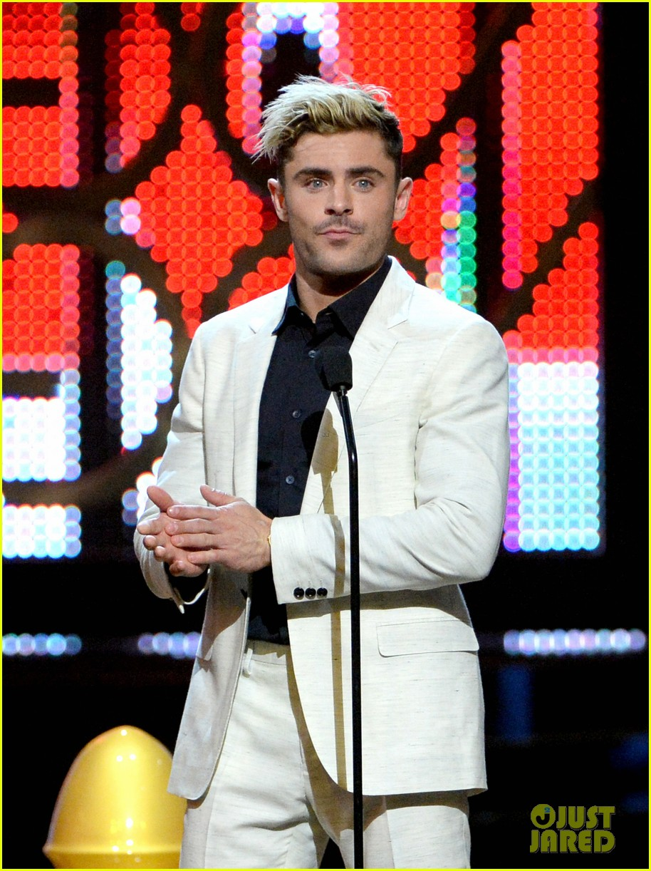 check out zac efrons hollywood transformation over the years 45
