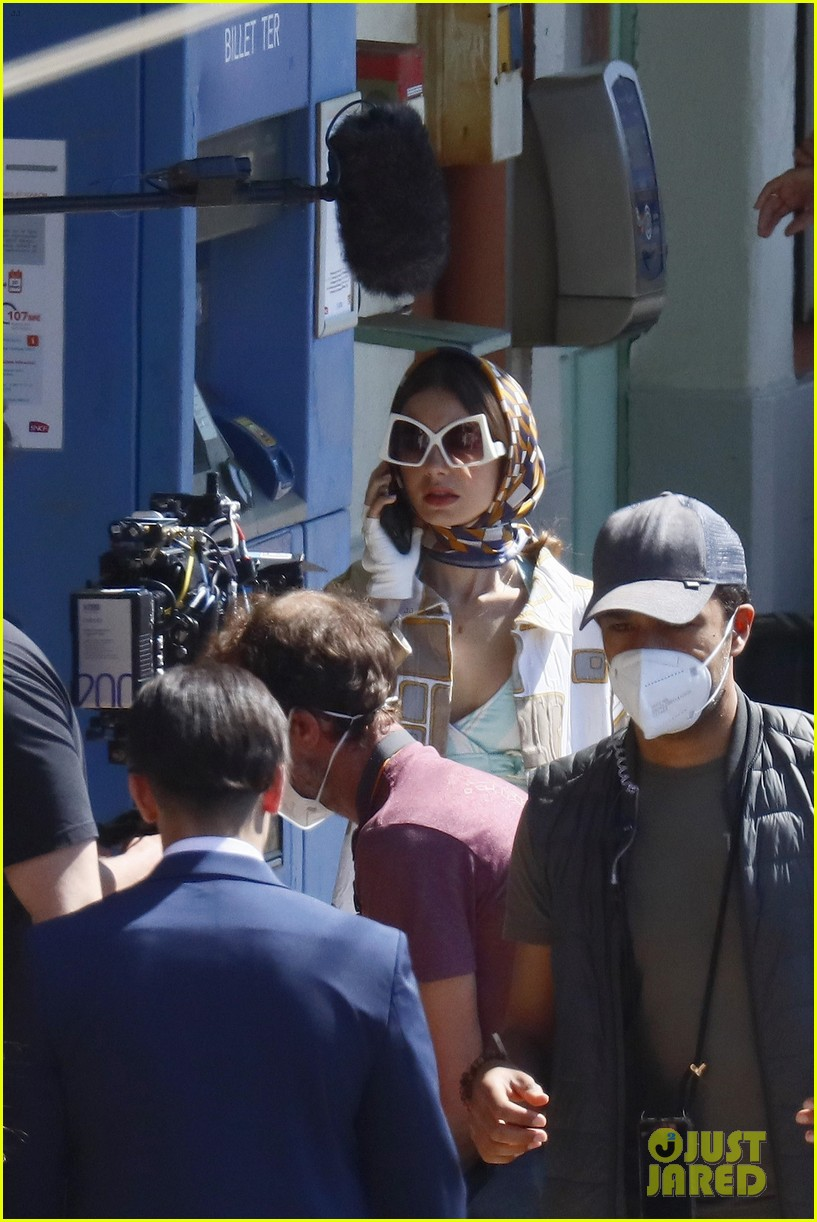 lily collins shooting emily in paris season two 18
