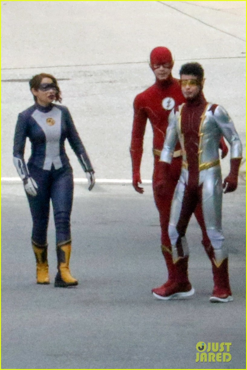 first look photos of jordan fisher as impulse on the flash 04