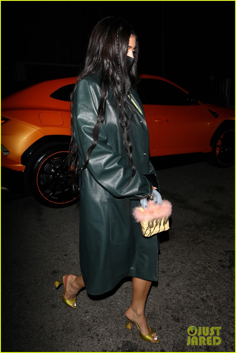 kylie jenner leaves party 19