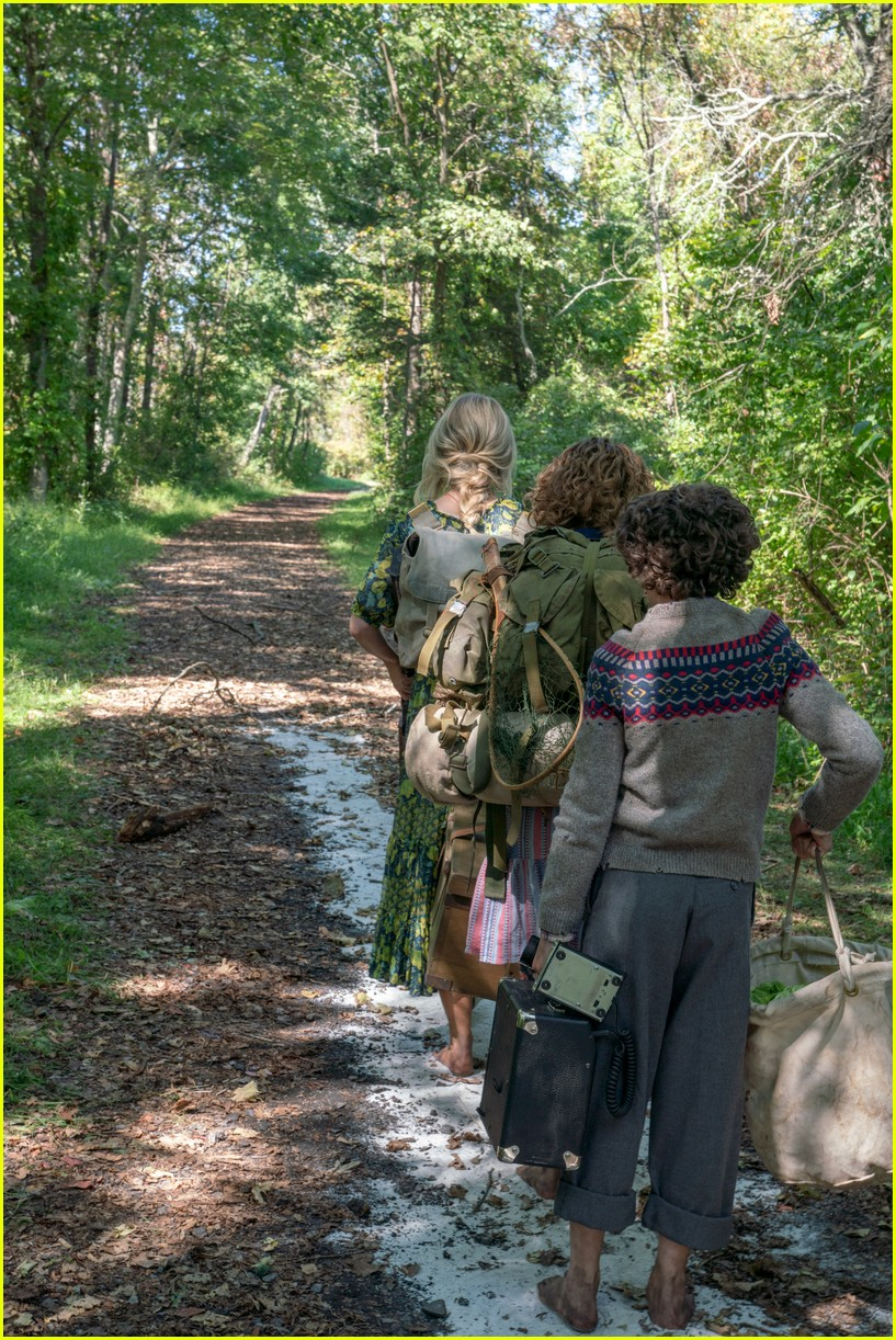 millicent simmonds noah jupe star in a quiet place part two trailer 05