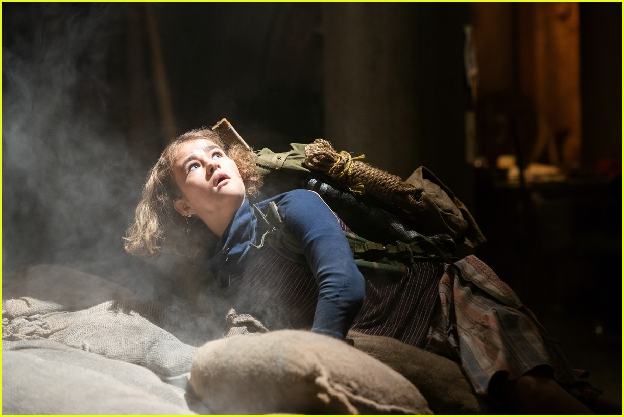millicent simmonds noah jupe star in a quiet place part two trailer 07