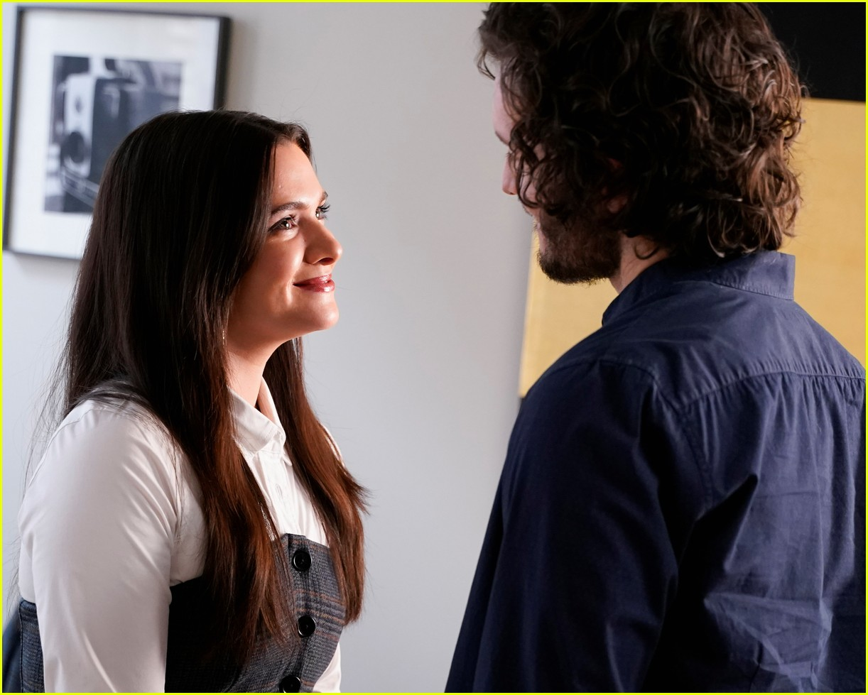 the bold type adds a nod to melora hardins past tv work into tonights episode 18