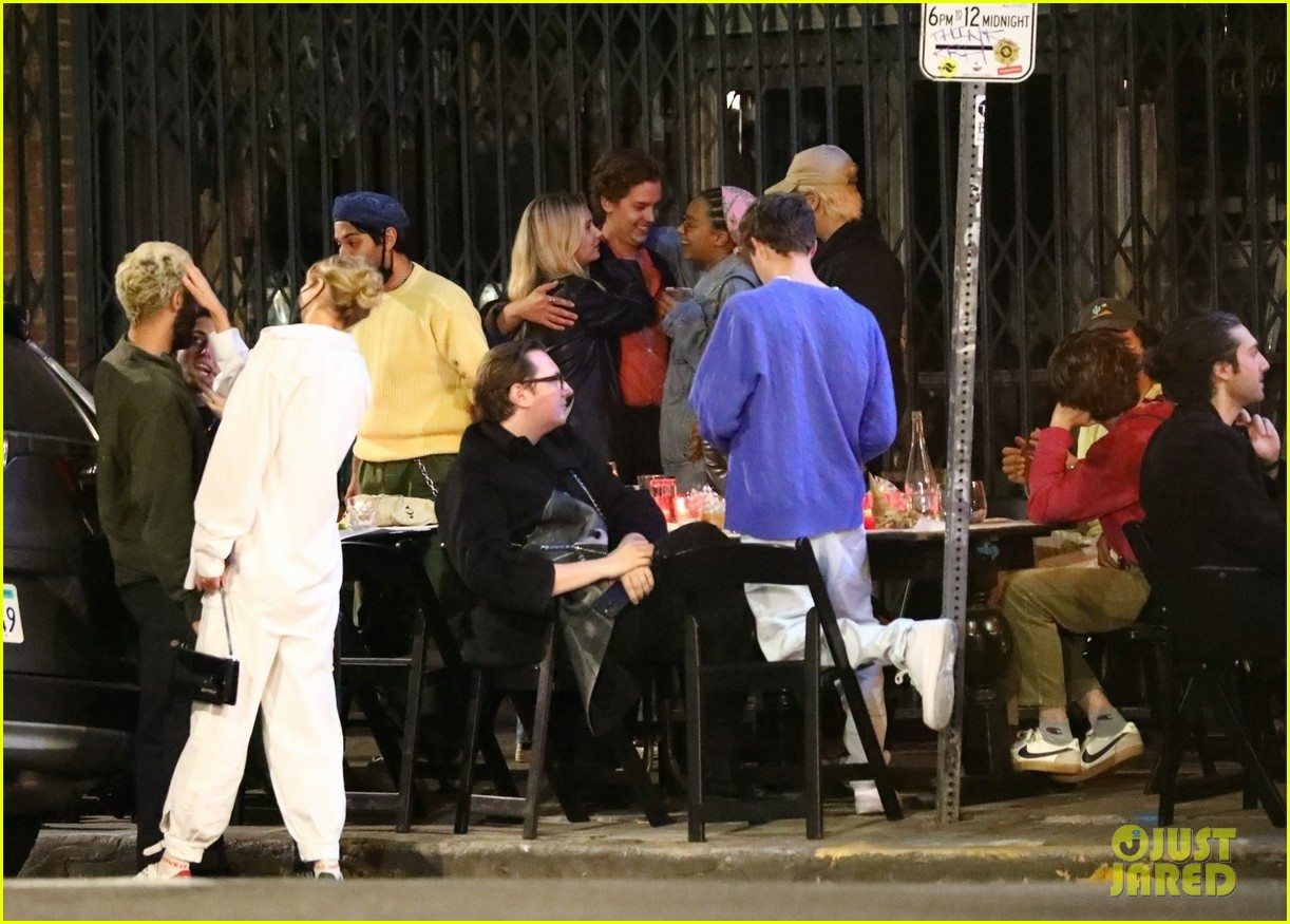 cole sprouse camila mendes stella maxwell hang out 04