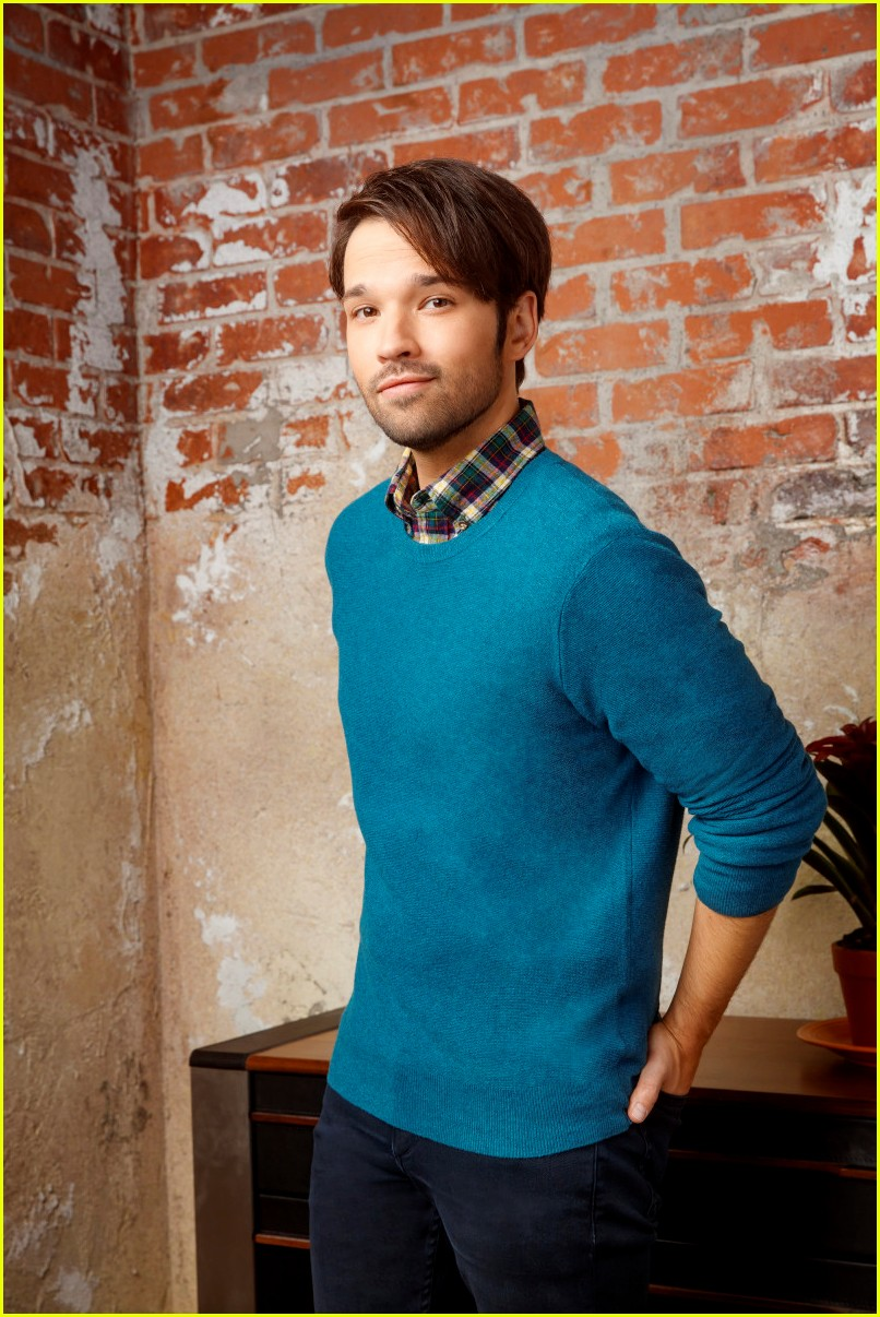 nathan kress says the new icarly is for the og fans 15