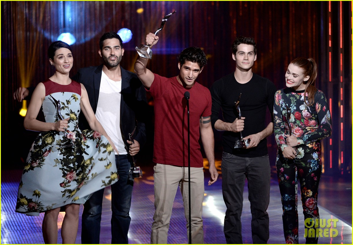 tyler posey dylan obrien more celebrate teen wolf 10 year anniversary 04