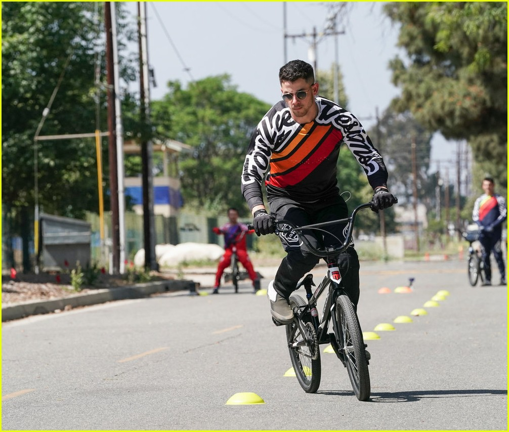 nick jonas bmx crash will be in the olympic dreams special 01