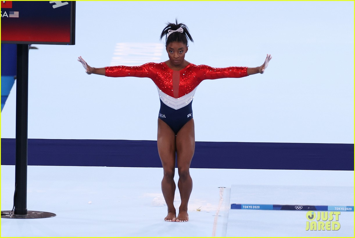 simone biles withdraws from olympic team event 05