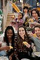 miranda cosgrove cooks up an icarly delicacy on this weeks episode 05