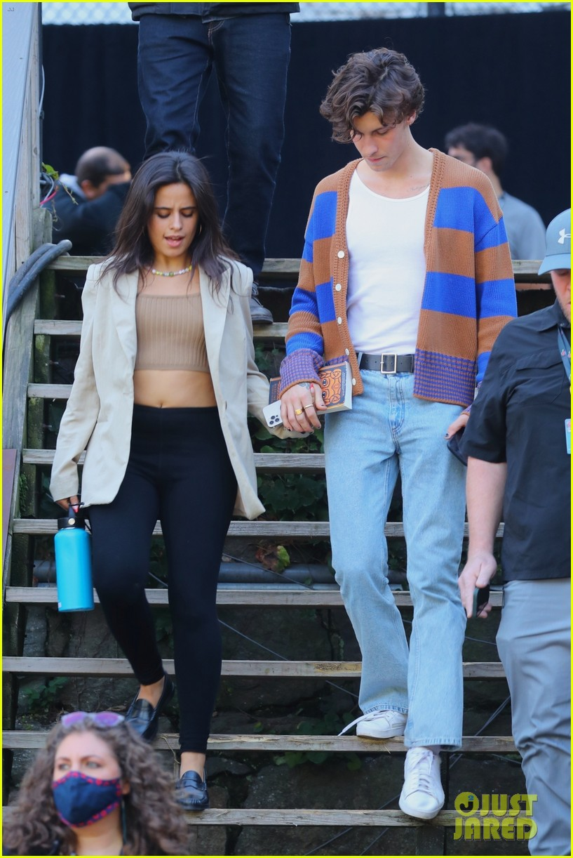 shawn mendes camila cabello leave global rehearsals 01