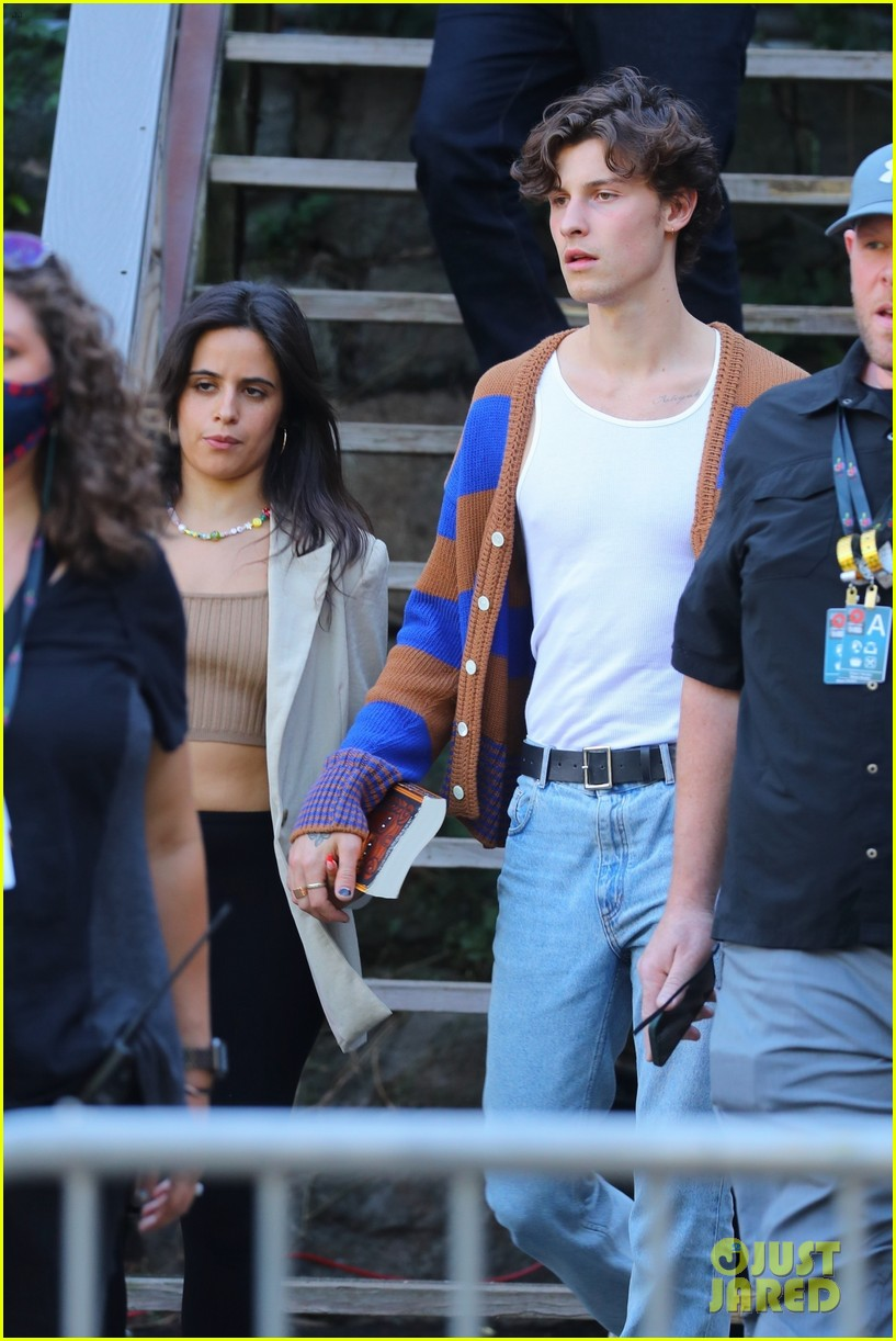 shawn mendes camila cabello leave global rehearsals 03