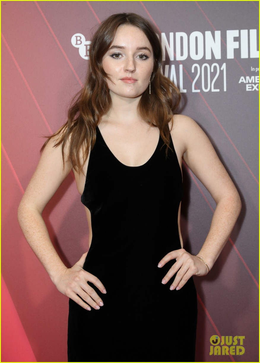 kaitlyn dever will poulter premiere new show dopesick at london film festival 06